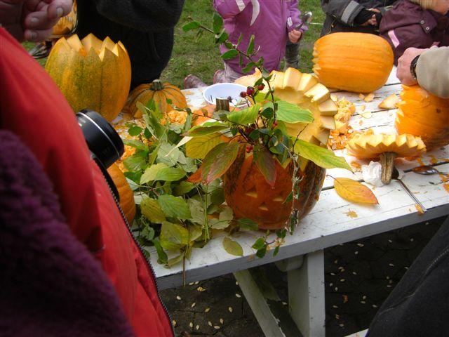 Halloween på vores plads i Skamstrup 2011