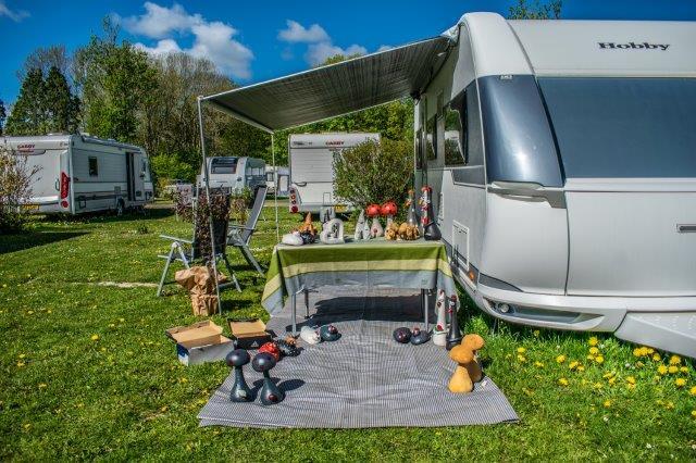Hobby og loppemarkedtræf på Skamstrup Camping